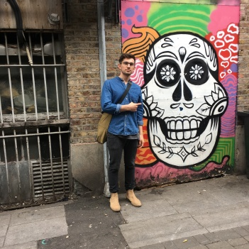Dave found a skull in an alleyway